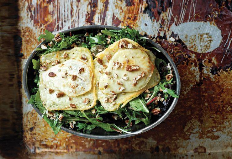 Salade tiède de poires gratinées